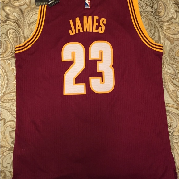 low priced 49bf6 17818 NWT LeBron James Cavs NBA Jersey, Adidas NWT